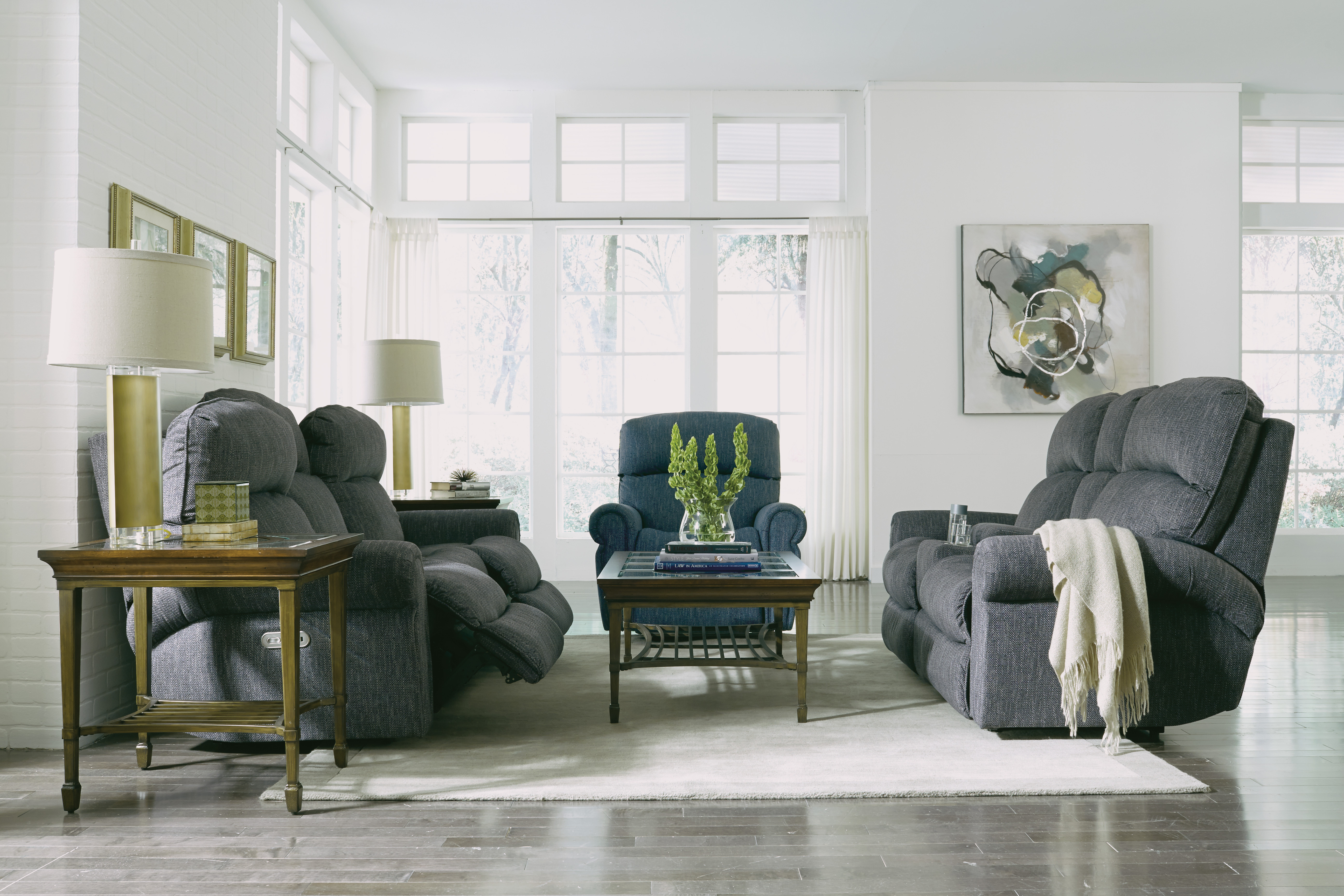 how to arrange recliners